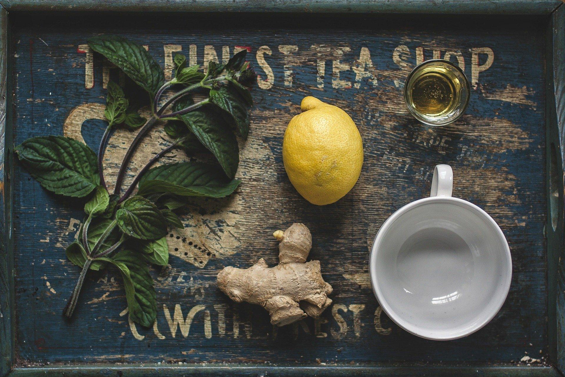 Honig-Zitronen-Ingwer-Husten-Sirup